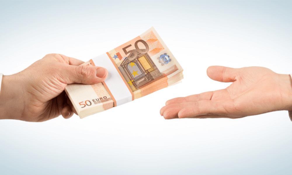 Come farsi approvare un prestito: requisiti da non sottovalutare