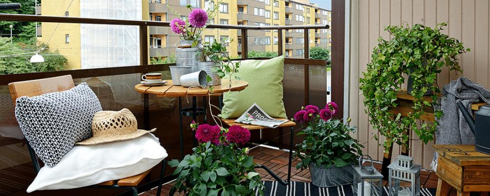 Come arredare un terrazzo piccolo e sfruttarlo al massimo for Arredare terrazzo